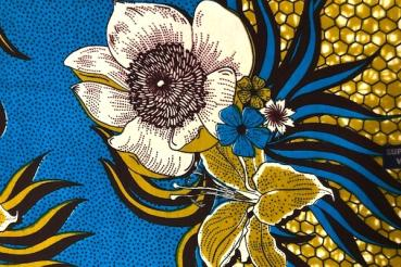 WHITE-BLUE-FLOWER waxprint